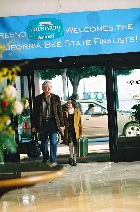 Saul Naumann (Richard Gere, l.) unterstützt das Talent seiner Tochter Eliza (Flora Cross, r.) nicht nur beim gemeinsamen Training, sondern er beglei... - Bildquelle: Copyright   2005 Twentieth Century Fox