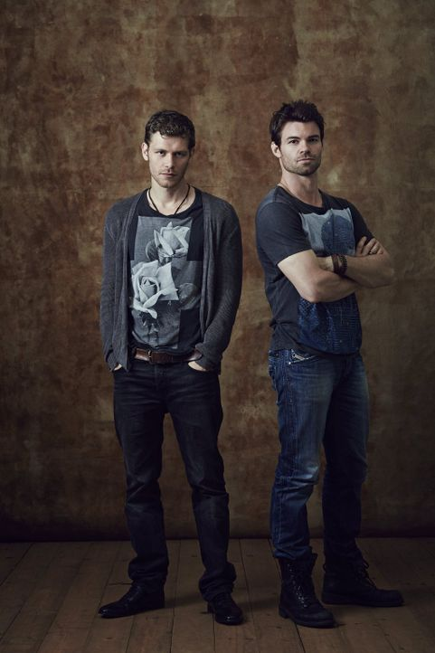 (1. Staffel) - Auch wenn die Brüder Klaus (Jospeh Morgan, l.) und Elijah (Daniel Gillies, r.) nicht immer einer Meinung sind, so verfolgen sie jedoc... - Bildquelle: Warner Bros. Television