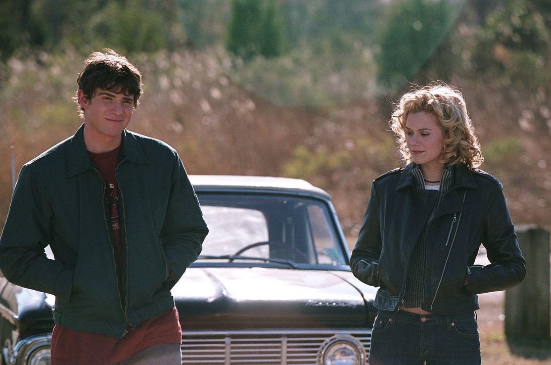 Glaube versetzt Berge: Jake (Bryan Greenberg, l.) und Peyton (Hilarie Burton, r.) ... - Bildquelle: Warner Bros. Pictures