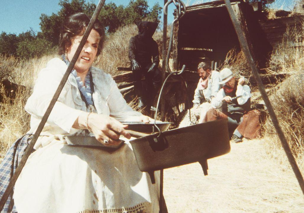 Die ebenfalls entführte Harriet Oleson (Katherine MacGregor) beklagt, nicht genügend Lebensmittel zur Verfügung zu haben. - Bildquelle: Worldvision