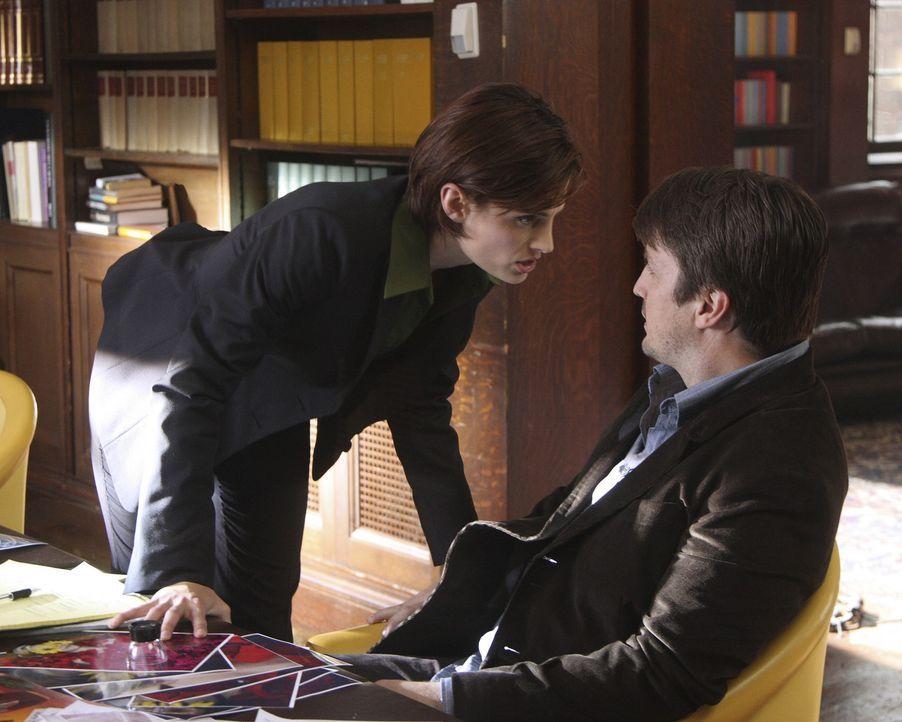 Ein Mörder ahmt ganz offensichtlich Verbrechen aus den Büchern von Schriftsteller Richard Castle (Nathan Fillion, r.) nach. Kate Beckett (Stana Kati... - Bildquelle: ABC Studios