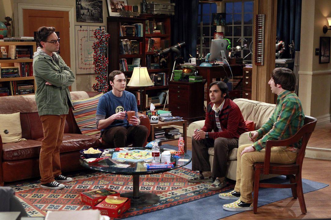 Als sich Leonard (Johnny Galecki, l.) mit seinem früheren Mitschüler Jimmy trifft, wollen Sheldon (Jim Parsons, 2.v.l.), Raj (Kunal Nayyar, 2.v.r.)... - Bildquelle: Warner Bros. Television