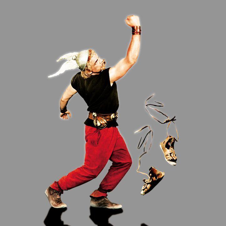 Schier unschlagbar: Asterix (Clovis Cornillac), der Schrecken aller Römer ... - Bildquelle: Constantin Film