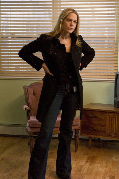 Kann nicht fassen, wen sie in Andys Wohnung vorfindet: Mary (Mary McCormack) ... - Bildquelle: USA Network