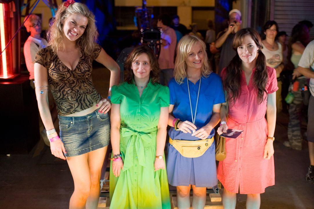 Starten auf der hippen Spring-Break-Ferieninsel South Padre Island ins Partyleben: (v.l.n.r.) Charlene (Missi Pyle) und die Freundinnen Judi (Rachel... - Bildquelle: Warner Bros.