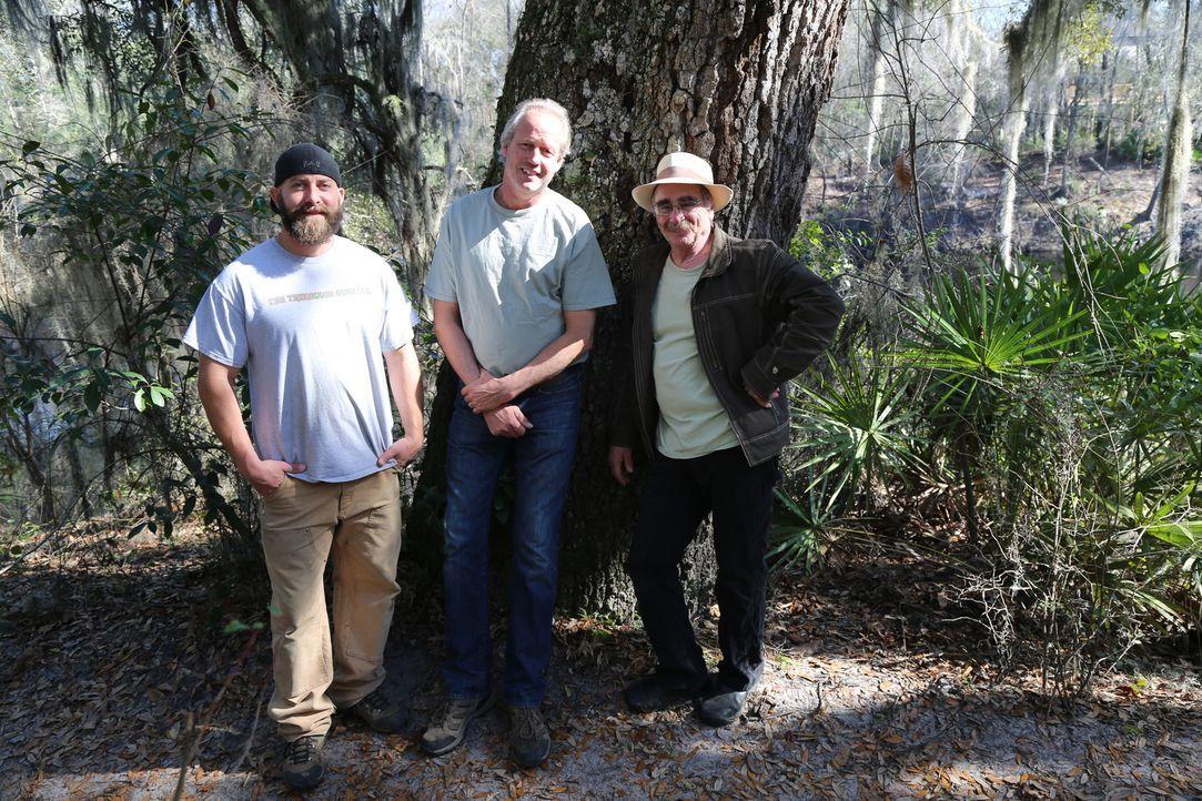 Eine neues Herausforderung wartet auf (v.l.n.r.) Ka-V, B'FER und Michael Garnier. Sie sollen ein Baumhaus für ganze vier Generationen bauen ...