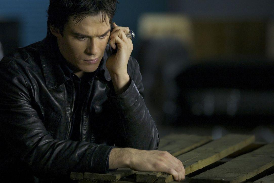 Wird es Damon Salvatore (Ian Somerhalder) gelingen, Klaus' Körper vor Alaric zu verstecken? - Bildquelle: Warner Brothers