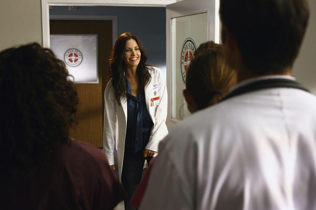Als Nachfolgerin von Dr. Kelso wird eine gewisse Doktorin Taylor Maddox (Courteney Cox, M.) genannt, die sich gekonnt unpopulär zu machen weiß ... - Bildquelle: Touchstone Television