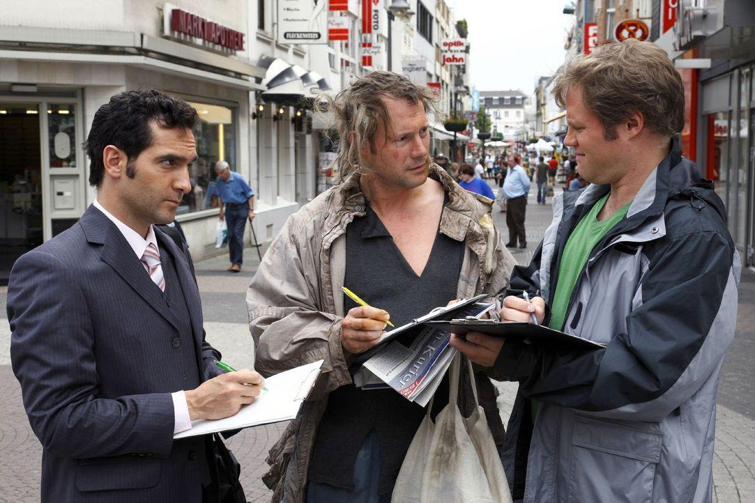 In der Stadt ist es fast unmöglich, entspannt zu shoppen. Ständig wird man von irgendwem angesprochen, der einem entweder etwas verkaufen will ode... - Bildquelle: Sat.1