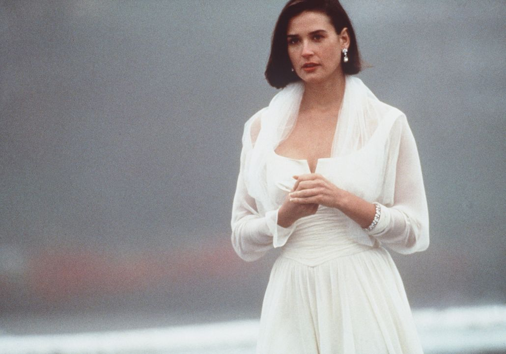 Diana (Demi Moore) ist verzweifelt: Sie kann die Nacht mit dem Milliardär John Gage einfach nicht vergessen ... - Bildquelle: Paramount Pictures