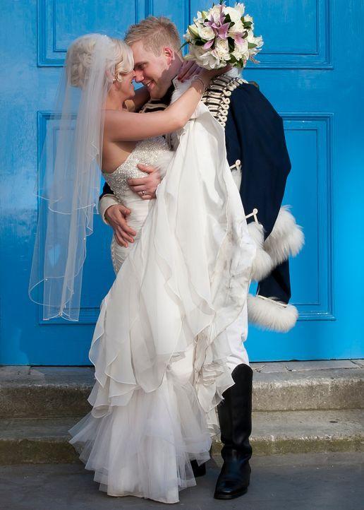 Wird Nathan für seine Braut Nichola eine unvergesslich schöne Hochzeit planen? - Bildquelle: Renegade Pictures Ltd