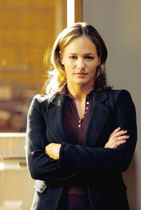 Dr. Nina Ritter (Sonsee Neu), die erfahrene Psychologin im Team. - Bildquelle: Hardy Spitz Sat.1
