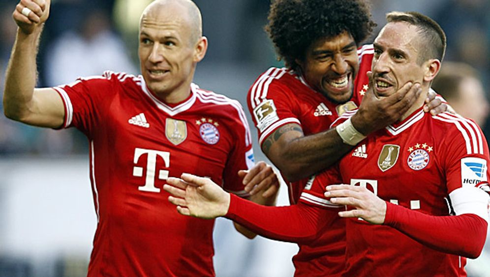 Wollen auch 2015 / 2016 wieder jubeln : FC Bayern München. - Bildquelle: getty