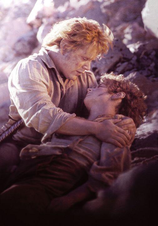 Ihre Mission fordert ihnen alles ab: Sam (Sean Astin, l.) bangt um das Leben seines Freundes Frodo (Elijah Wood, r.) ... - Bildquelle: Warner Bros.
