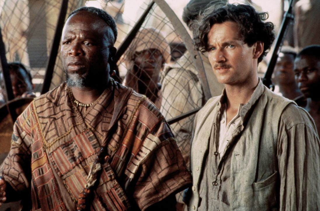Mit großer Besorgnis beobachten Samuel (John Kani, l.) und sein Sekretär Angus Starling (Brian McCardie, r.) die Unruhe der Arbeiter ... - Bildquelle: Paramount Pictures