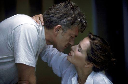 Love Trip - 20 Jahre Ehe, doch Britt (Désirée Nosbusch, r.) und David (Domini...