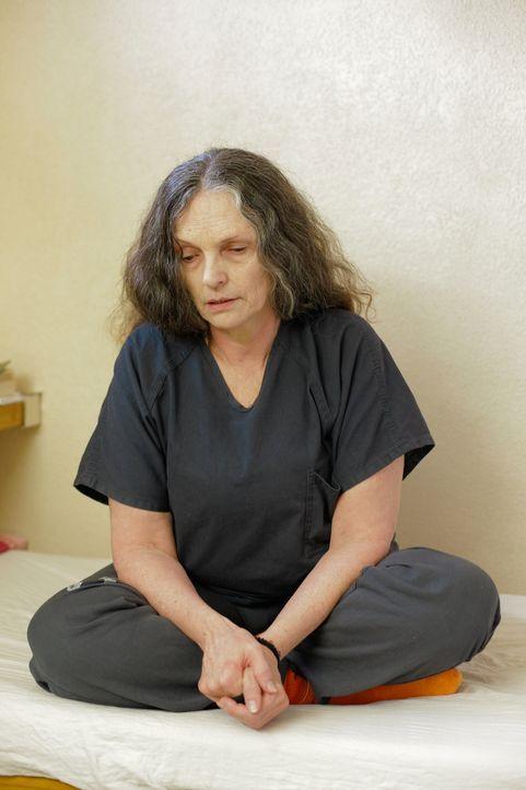 Die des Mordes angeklagte Rosemary Vandecar wartet auf die Entscheidung des Gerichts ... - Bildquelle: James Peterson Part2 Pictures