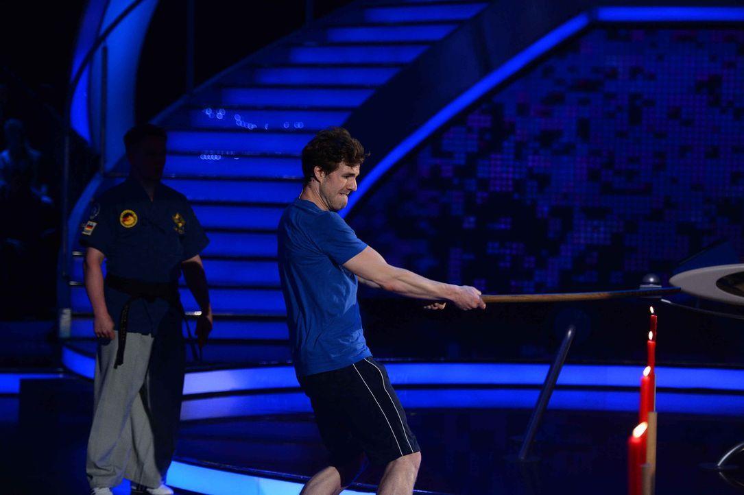 Wie wird sich Luke Mockridge (Bild) gegen Ross Antony schlagen? - Bildquelle: Willi Weber ProSieben