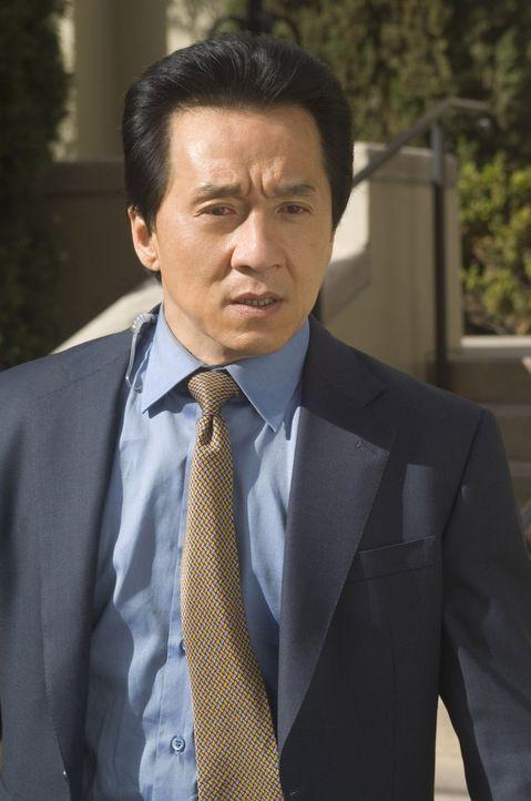 Inspector Lee (Jackie Chan) arbeitet seit geraumer Zeit nicht mehr bei der Polizei. Ihn hat es nach Den Haag verschlagen, wo er als Leibwächter fü... - Bildquelle: Warner Bros.