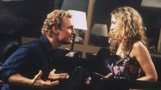 Carrie (Sarah Jessica Parker, r.) wird von Matthew McConaugheys (Matthew McCo...