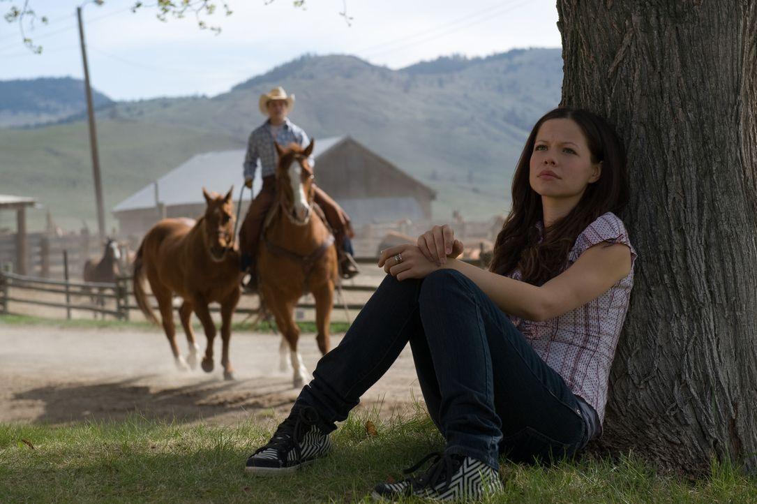 Anfangs findet Carrie (Tammin Sursok, r.) ihr neues Leben alles andere als gut, doch nach und nach kann sie sich damit anfreunden ... - Bildquelle: 20Century Fox