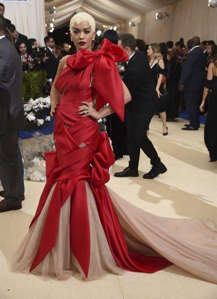 Bild: dpaSängerin Rita Ora tat es Cara Delevingne gleich und setzte auf eine...
