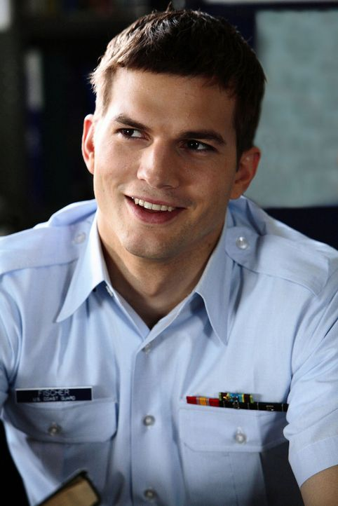 "Wird am härtesten von Ben in die Mangel genommen: der hochbegabte Jake Fischer (Ashton Kutcher), genannt ""Fisch"" ... - Bildquelle: Ben Glass Touchstone Pictures. All rights reserved"