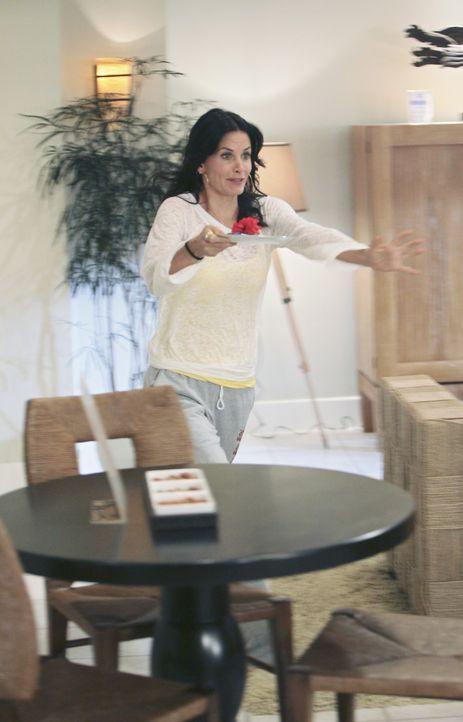 Der Geburtstagstrip von Jules (Courteney Cox) und ihren Freundinnen artet in ein Fiasko aus, als sie ihrer Erzfeindin Shanna begegnet ... - Bildquelle: 2009 ABC INC.