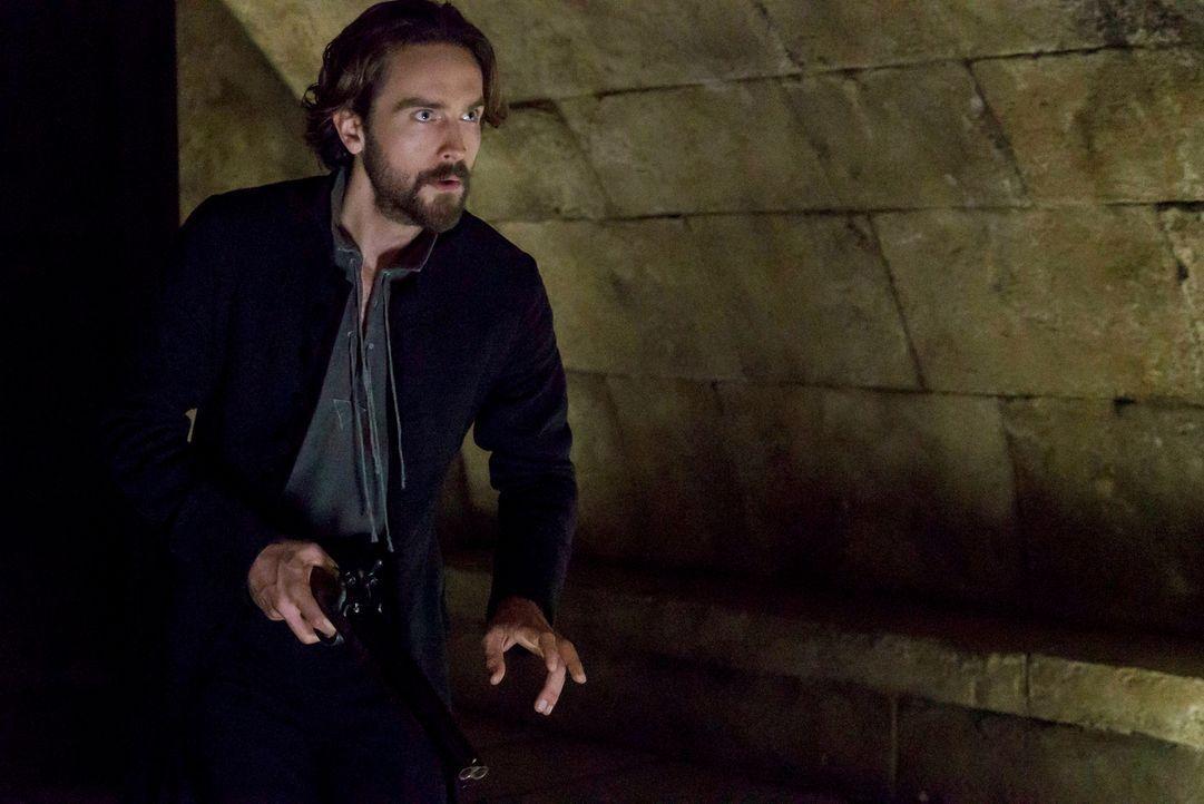 Kann Crane (Tom Mison) Joe davon abhalten, eine gefährliche Dummheit zu begehen? - Bildquelle: 2015-2016 Fox and its related entities.  All rights reserved.