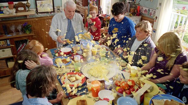 Bei den Bakers gibt es immer Chaos: Tom (Steve Martin, l.), Mark (Forrest Lan...
