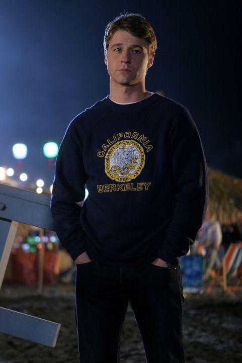 Ein Tag voller Entscheidungen: Ryan (Benjamin McKenzie) ... - Bildquelle: Warner Bros. Television