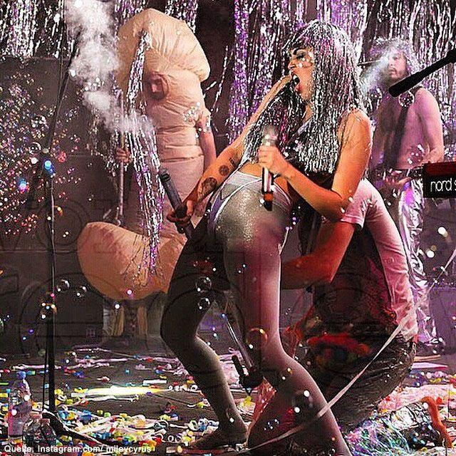 Miley-Cyrus-2-Instagram-com-mileycyrus - Bildquelle: Instagram.com/ mileycyrus