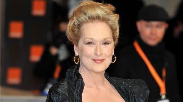 Florence Foster Jenkins, gespielt von Meryl Streep, hat ausreichend Geld und...