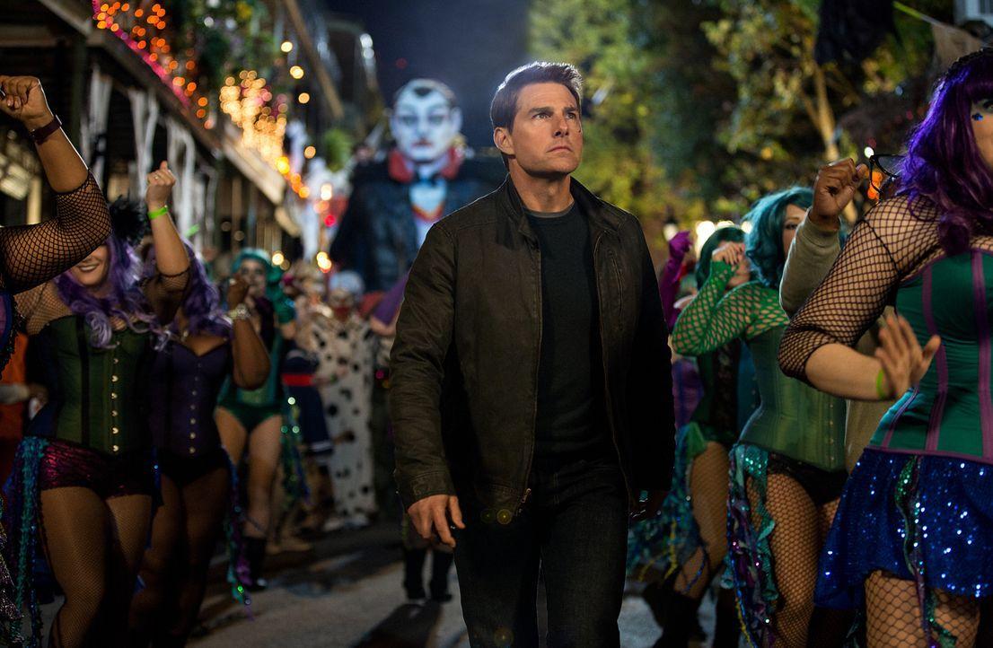 Auf der Suche nach der Wahrheit stößt Jack Reacher (Tom Cruise) gleich auf mehrere Feinde ... - Bildquelle: Chiabella James 2016 PARAMOUNT PICTURES.  ALL RIGHTS RESERVED.