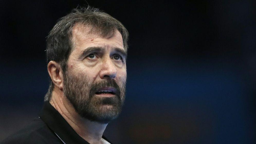 Die Slowenen mit Coach Vujovic verlieren zum EM-Auftakt - Bildquelle: AFPSIDTHOMAS SAMSON