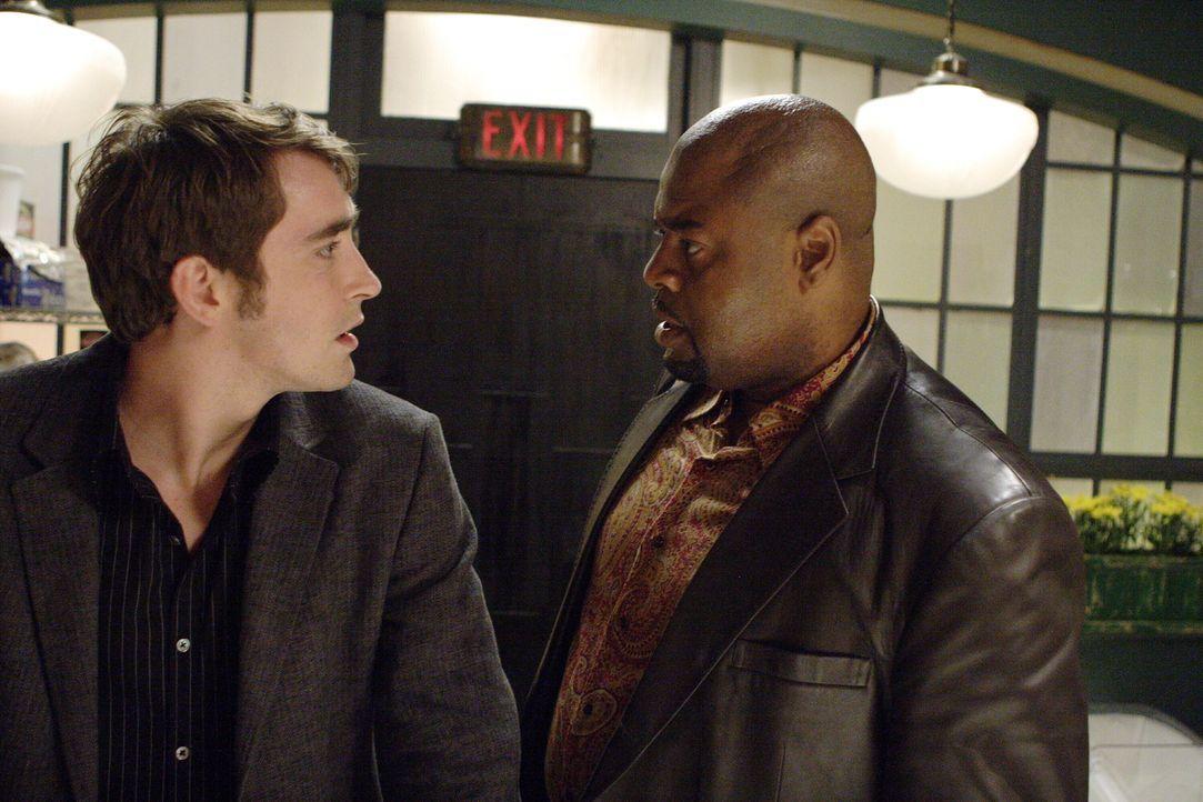 Wird er seinem Freund helfen? Emerson Cod (Chi McBride, r.) kommt mit einer großen Bitte zu Ned (Lee Pace, l.) ... - Bildquelle: Warner Brothers