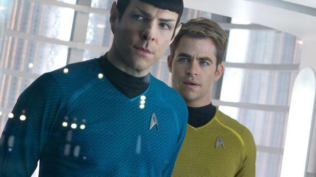 Als ein fürchterlicher Terroranschlag London erschüttert, werden Kirk (Chris...