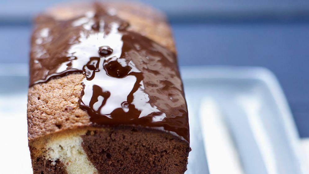 Enie backt: Rezept-Bild Einfacher Marmorkuchen - Bildquelle: Photocuisine