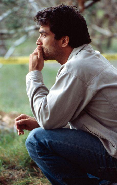 Detective Daniel Pruitt (Johnathon Schaech) ist mit den Nerven am Ende. Auf dem Land hofft er, neue Kraft zu schöpfen ... - Bildquelle: Sony Pictures Television International. All Rights Reserved.