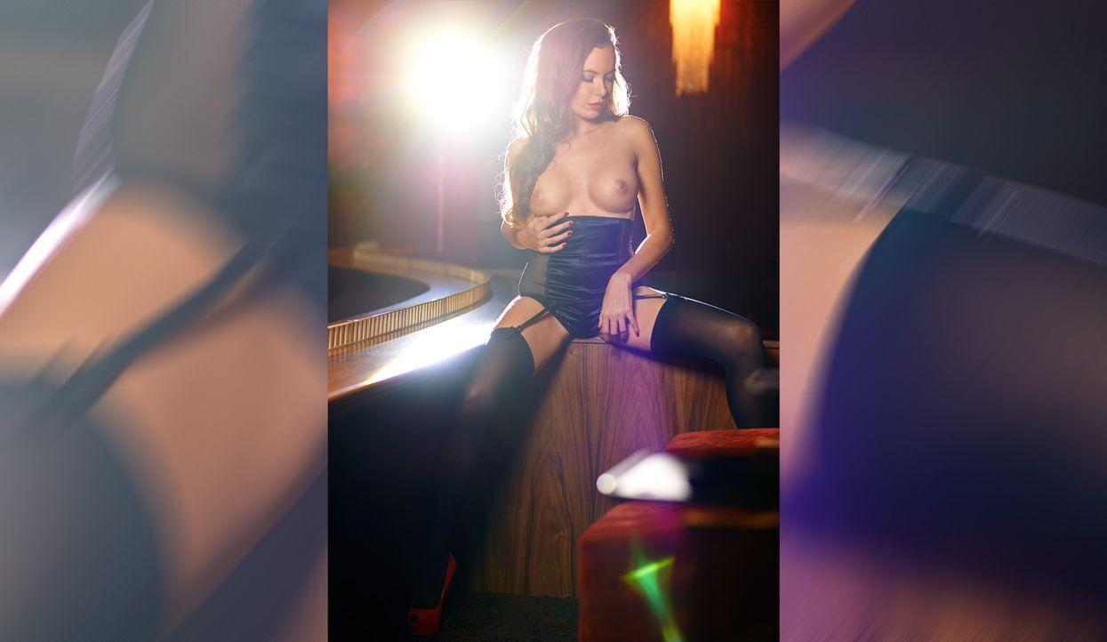 Tanja König - Bildquelle: Michael Bernard für Playboy Dezember 2014