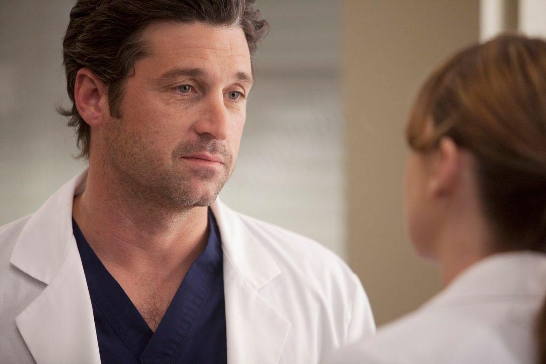 Derek (Patrick Dempsey, l.) und Meredith (Ellen Pompeo, r.) kümmern sich um ein schwerverletztes junges Mädchen, dass sich als Opfer eines brutalen... - Bildquelle: Touchstone Television