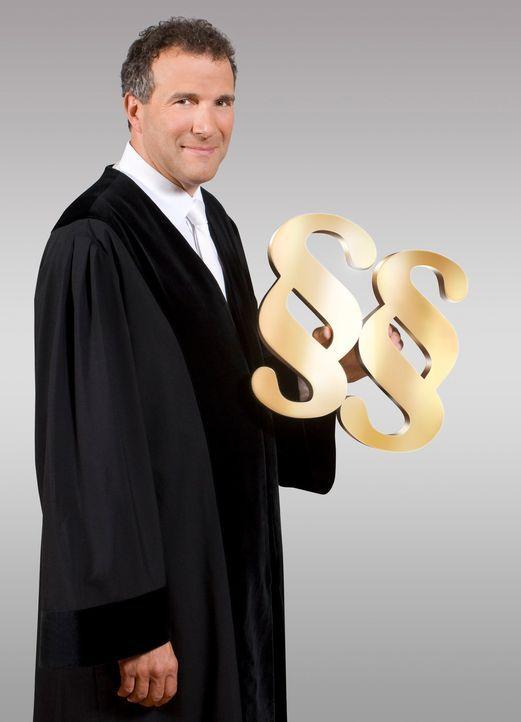 Richter Alexander Hold war Staatsanwalt und Richter am Amtsgericht in Kempten. Er steht in der erfolgreichen Court-Show-Tradition von SAT.1 und ents... - Bildquelle: SAT.1