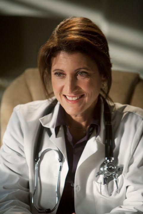 Nicht immer kann Dr. Joan Avadon (Amy Aquino) ihren Patienten gute Nachrichten übermitteln ... - Bildquelle: 2009 American Broadcasting Companies, Inc. All rights reserved. NO ARCHIVE. NO RESALE.