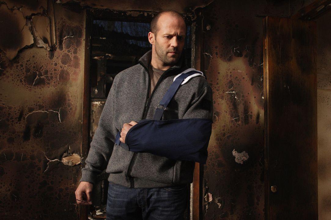 Agent John Crawford (Jason Statham) hat vor drei Jahren seinen Partner verloren, als er auf der Jagd nach dem Killer Rogue (Jet Li) war. Seitdem hat... - Bildquelle: Constantin Film