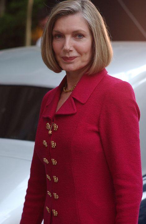 Gott erschein Joan in Gestalt einer reichen Frau (Susan Sullivan) ... - Bildquelle: Sony Pictures Television