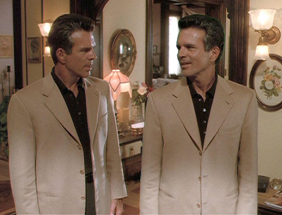 Wer ist denn nun der richtige Victor Halliwell (Tony Denison)? - Bildquelle: Paramount Pictures