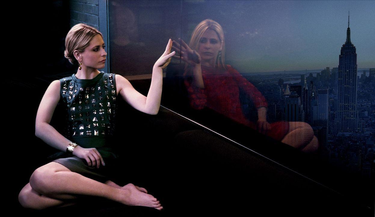 (1. Staffel) - Bridget Kelly (Sarah Michelle Gellar) flüchtet zu ihrem Zwilling Siobhan nachdem sie Augenzeugin eines Mafia-Mordes wurde. Bei einem... - Bildquelle: 2011 THE CW NETWORK, LLC. ALL RIGHTS RESERVED
