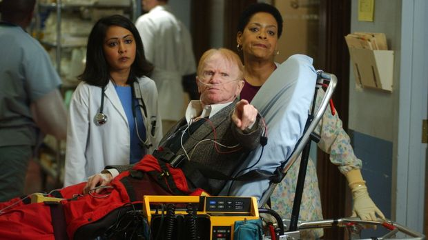 Mr. Rubadoux (Red Buttons, M.), dessen Frau vor 10 Jahren als Carters Patient...