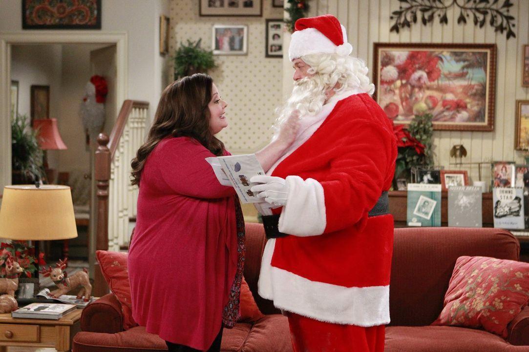 Ein ganz besonderes Weihnachtsfest steht vor der Tür: Mike (Billy Gardell, r.) und Molly (Melissa McCarthy, l.) ... - Bildquelle: Warner Brothers