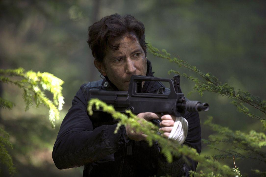 Kane (Henry Ian Cusick) will auf der Erde das Kommando übernehmen, doch dabei stößt er nicht nur auf Begeisterung ... - Bildquelle: 2014 Warner Brothers